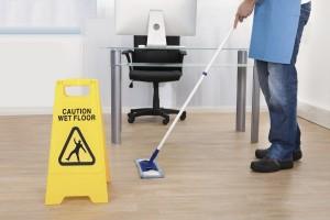 empresa de limpieza barata en valencia - precaución