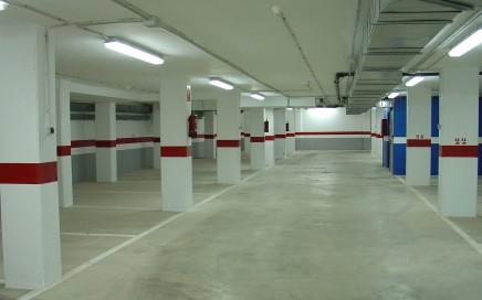 limpieza de garajes en Valencia - blanco