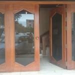 Restauración puerta de comunidad