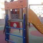 Restauración y pulimentado parque infantil antes de los trabajos