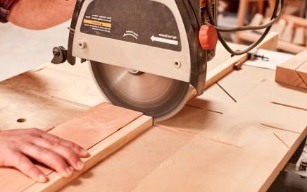 carpinteria barata en Valencia - tomando medidas