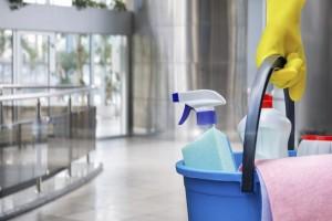 limpieza economica de oficinas en Valencia - cubo y entrada
