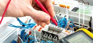 servicios de electricidad en Valencia - cableado