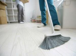 limpieza de fin de obra en Valencia - escobra