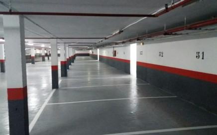 limpieza de garajes en Valencia - parking vacío