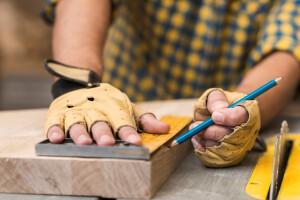 servicios de carpinteria en valencia - medir