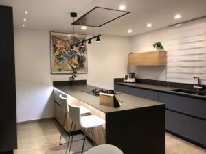 servicios de electricidad en Valencia - cocina led