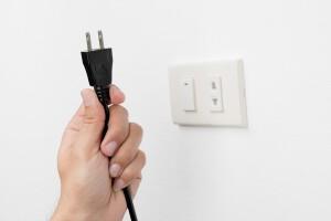 servicios de electricidad en valencia - enchufes