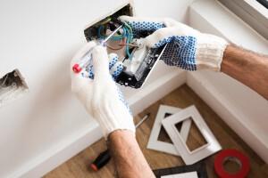 electricistas baratos en valencia - control electrico