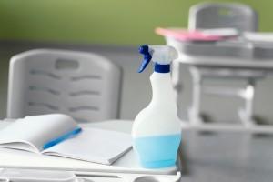 limpieza de colegios en valencia - personal de limpieza