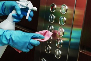 desinfeccion de oficinas en Valencia - ascensores-